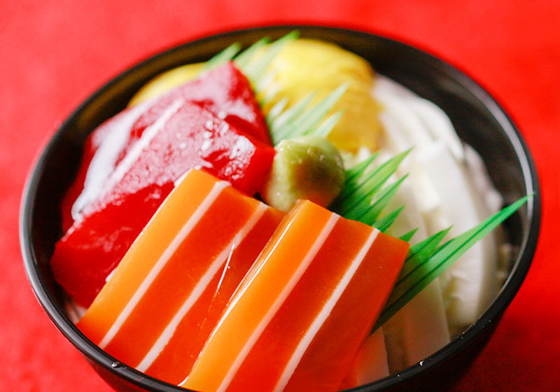 写真:お菓子な海鮮丼
